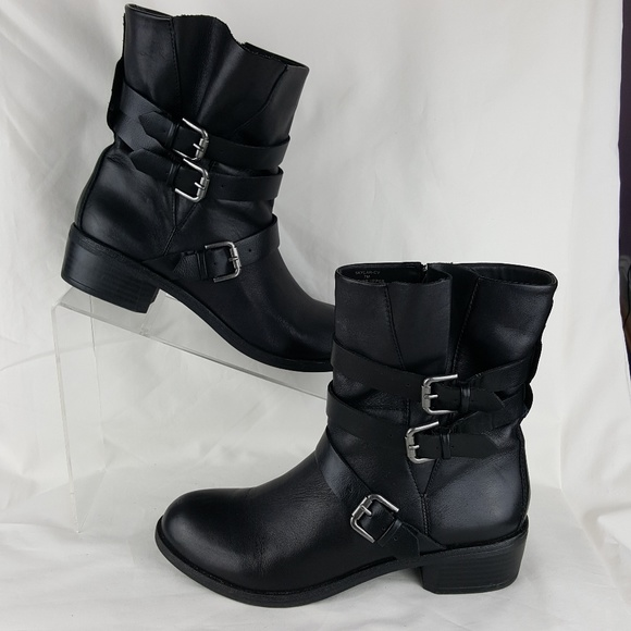 8a0e2acdc0b Crown Vintage Shoes | Size 7 Ankle Boot Black Leather | Poshmark